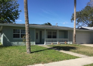 Foreclosed Home en FORRELL AVE, Titusville, FL - 32796