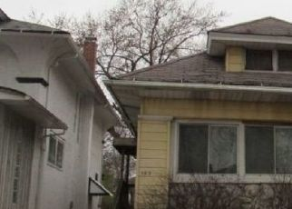 Foreclosed Home in S LOMBARD AVE, Oak Park, IL - 60302
