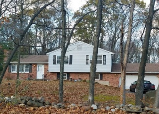 Foreclosed Home in CICCIO RD, Southington, CT - 06489