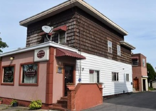 Foreclosed Home en 3RD AVE, Utica, NY - 13501