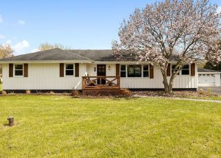 Foreclosed Home in S LILY CACHE RD, Plainfield, IL - 60586