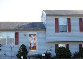 Foreclosed Home in OLD FENCE LN, Newark, DE - 19702