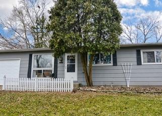 Casa en ejecución hipotecaria in Streamwood, IL, 60107,  WALNUT DR ID: P1221705