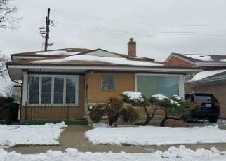 Foreclosed Home en S KEELER AVE, Chicago, IL - 60652