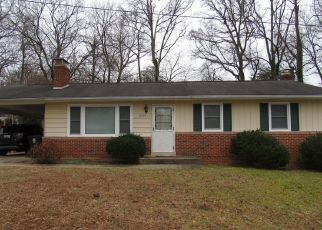 Foreclosed Home en DANGELO DR, Bowie, MD - 20720