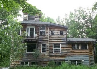Foreclosed Home in KERMWAY DR, Marion, NY - 14505