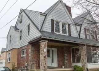 Casa en ejecución hipotecaria in Springfield, PA, 19064,  PARHAM RD ID: P1222652