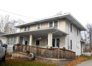 Foreclosed Home en E HATFIELD ST, Massena, NY - 13662