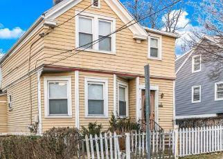 Foreclosed Home en LEONARD ST, Port Chester, NY - 10573