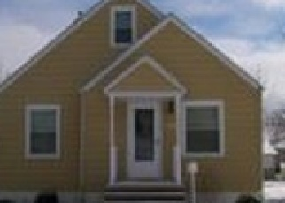 Foreclosed Home en BRANDTSON AVE, Elyria, OH - 44035