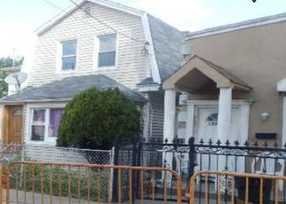 Foreclosed Home en 157TH ST, Jamaica, NY - 11433