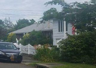 Foreclosed Home in E 25TH ST, Huntington Station, NY - 11746