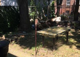 Foreclosed Home en ASHFORD ST, Brooklyn, NY - 11207