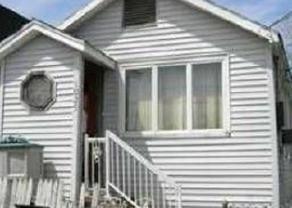 Foreclosed Home en OLYMPIA BLVD, Staten Island, NY - 10306