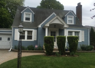 Foreclosed Home in ROSE BLVD, Baldwin, NY - 11510