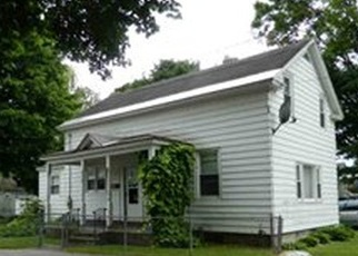 Foreclosed Home en TAYLOR ST, Fort Edward, NY - 12828