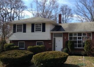 Foreclosed Home in DAVIS AVE, Riverton, NJ - 08077