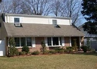 Foreclosed Home en MAPLE CT, Port Chester, NY - 10573