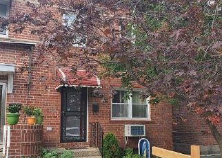 Foreclosed Home en 58TH RD, Flushing, NY - 11355