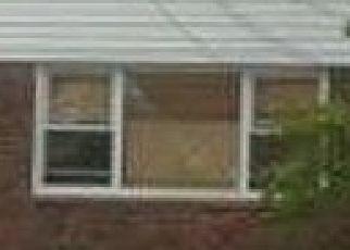 Foreclosed Home en BROOKVILLE BLVD, Rosedale, NY - 11422