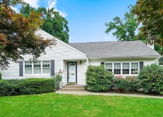 Foreclosed Home in CARLYLE PL, Hartsdale, NY - 10530