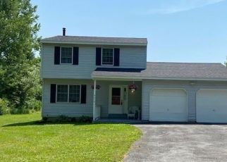 Foreclosed Home en WEAVER RD, Chittenango, NY - 13037
