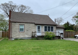 Foreclosed Home en 28TH ST, Copiague, NY - 11726