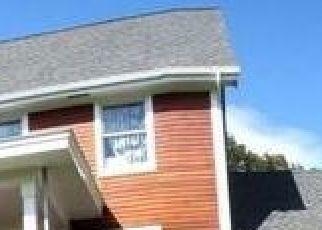 Foreclosed Home en TERWILLIGER RD, Kerhonkson, NY - 12446