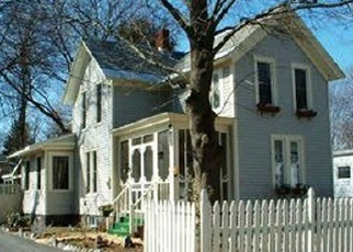 Foreclosed Home en 2ND ST, Glens Falls, NY - 12801