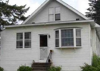 Foreclosed Home en GRAND ST, Mechanicville, NY - 12118
