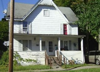 Foreclosed Home en GRIFFIN ST, Norwich, NY - 13815