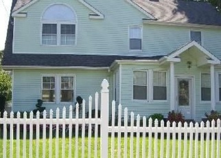 Foreclosed Home in CROSS ST, Westbury, NY - 11590