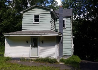 Foreclosed Home en RODNEY ST, Kingston, NY - 12401