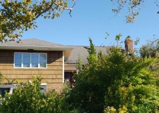Foreclosed Home en BLACKHEATH RD, Long Beach, NY - 11561