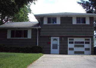 Foreclosed Home en ELK ST, Rochester, NY - 14615