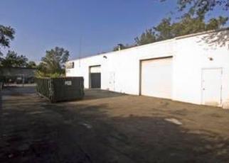 Foreclosed Home en N 5TH ST, Lindenhurst, NY - 11757
