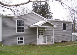 Foreclosed Home en HOLLY DR, Lakewood, NY - 14750
