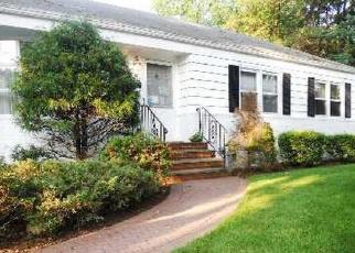 Casa en ejecución hipotecaria in Greenlawn, NY, 11740,  SINCLAIR DR ID: P1232322