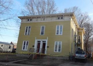Foreclosed Home en WILLETT ST, Fort Plain, NY - 13339