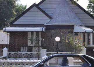 Foreclosed Home en 223RD ST, Cambria Heights, NY - 11411