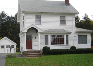 Foreclosed Home en PERRIN DR, Rochester, NY - 14622
