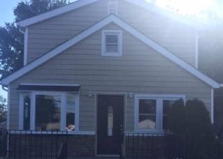 Casa en ejecución hipotecaria in Elmont, NY, 11003,  LUDLAM AVE ID: P1233325
