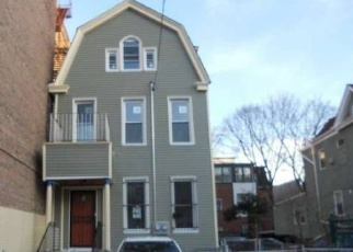 Foreclosed Home en DECATUR AVE, Bronx, NY - 10467