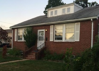 Foreclosed Home in BROOK PL, Valley Stream, NY - 11580