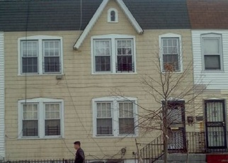 Foreclosed Home en 99TH AVE, Queens Village, NY - 11429