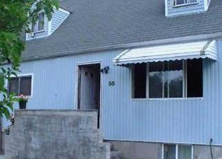 Foreclosed Home in MARSHALL AVE, Brentwood, NY - 11717