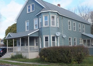 Foreclosed Home en PLEASANT AVE, Johnstown, NY - 12095