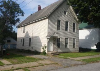 Foreclosed Home en 3RD ST, Gloversville, NY - 12078