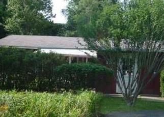 Foreclosed Home en FINUCANE RD, Rochester, NY - 14623