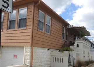 Foreclosed Home en GEORGIA AVE, Long Beach, NY - 11561